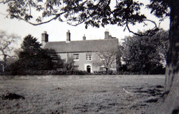 Manor Farmhouse about 1950 [X535/1]